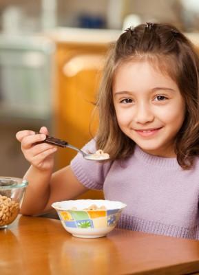 Susu Tinggi Kalsium untuk Anak Sekolah