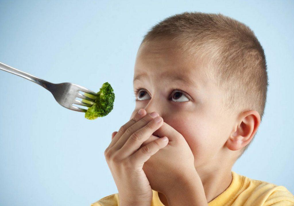 5 tips untuk mengatasi anak susah makan