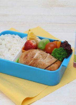 Nasi Tim Ayam Kacang Merah Untuk Bekal Anak Sekolah